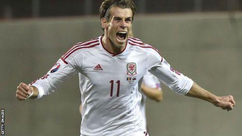 Trong trận đấu mới đây giữa xứ Wale và Andorra, Gareth Bale lại một lần nữa khiến người hâm mộ bong da không thể không nghĩ đến việc anh đang bắt chước Cristiano Ronaldo.   http://ole.vn/video-bong-da.html,http://ole.vn/xem-bong-da-truc-tuyen.html,http://tintucmoinhat60s.blogspot.com;http://bongda.sms.vn/