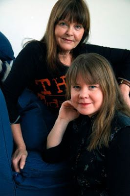 Eva Swedenmarks Värld: Jag älskar mina vänner och tycker att jag borde ha...