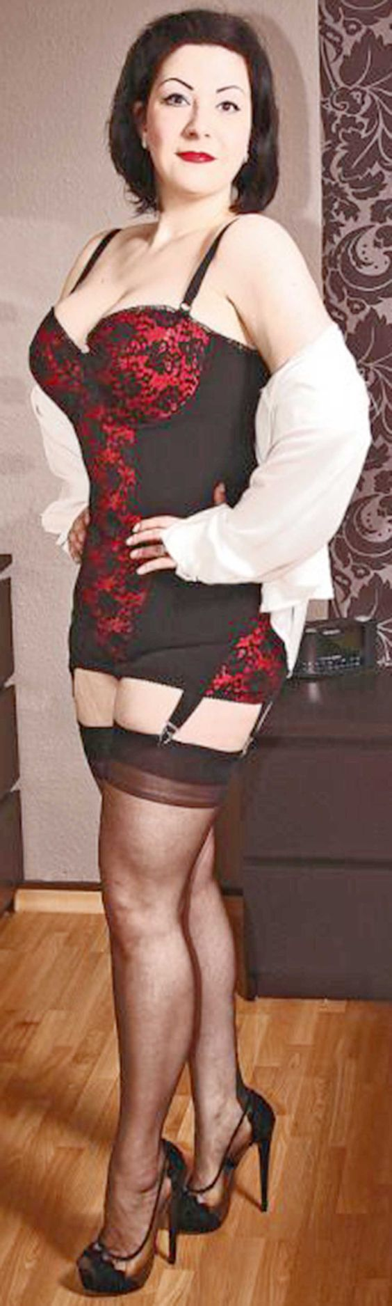 Curvy And Attractive  Open Bottom Girdles In 2019 -5068