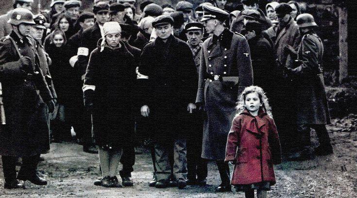 Стивен Спилберг «переизобрел» себя как режиссера, снимая этот фильм, и пошел на этот шаг сознательно. Ему нужно было абсолютно все сделать по-другому – этот проект кардинально отличался от всех тех, что он делал прежде. В результате мы увидели Холокост глазами немца Оскара Шиндлера – это было остро, необходимо, оглушительно.