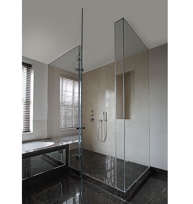 Frameless Glass Shower Doors Glass To Ceiling Gives