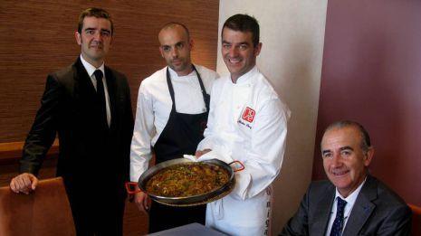Nuestro chef Javier De Dios viaja al Restaurante España, en Lugo, para presentar los platos más típicos de Valencia. Estamos seguros de que su paso por allí dejará muy buen sabor de boca. #AlfonsoRestaurante #gastronomiavalenciana #cocinamediterranea