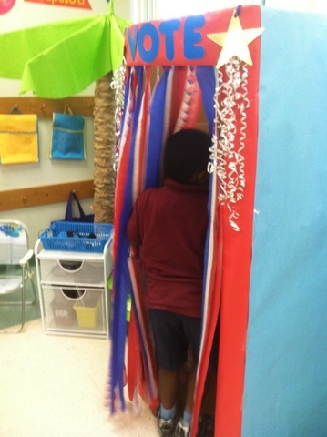 Love the voting booth! So adorable & really makes the kids feel important & grown up! :)
