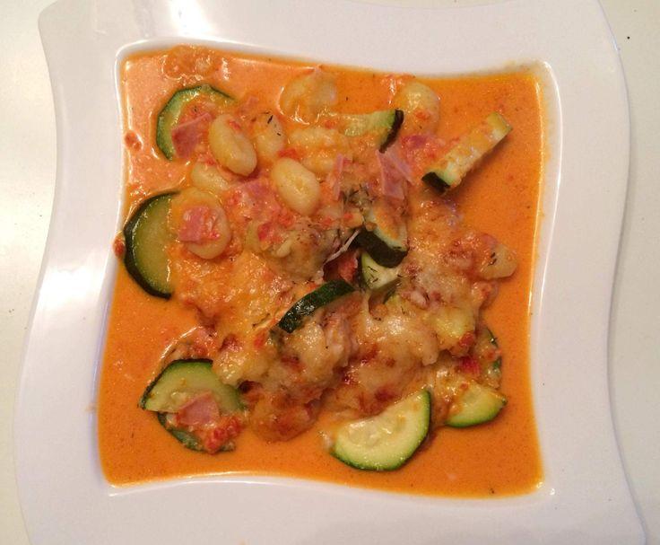 Rezept Gnocchi-Zucchini-Auflauf mit Schinken von queenbea - Rezept der Kategorie Hauptgerichte mit Fleisch
