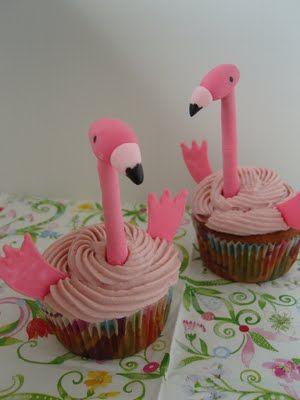 Ninas kleiner Food-Blog: Gefüllte Himbeer-Cupcakes mit Himbeer-Frischkäse-Frosting