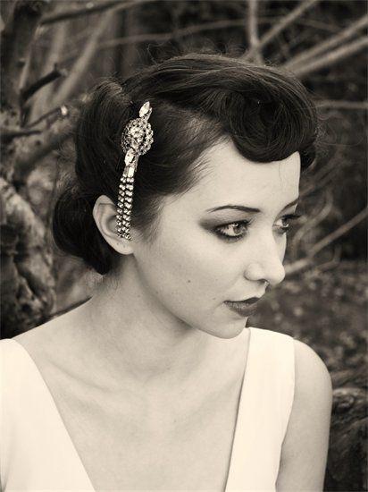 Vintage 50s wedding headdress.