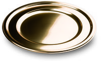 Gold metallised plastic round chargers or platters from Mozaik by Sabert, perfect for formal parties or dinners. Designed to be disposable but can be reused with careful washing. Looks like metal.