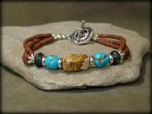 Turquoise and silver beaded bracelet. by Prettystuff