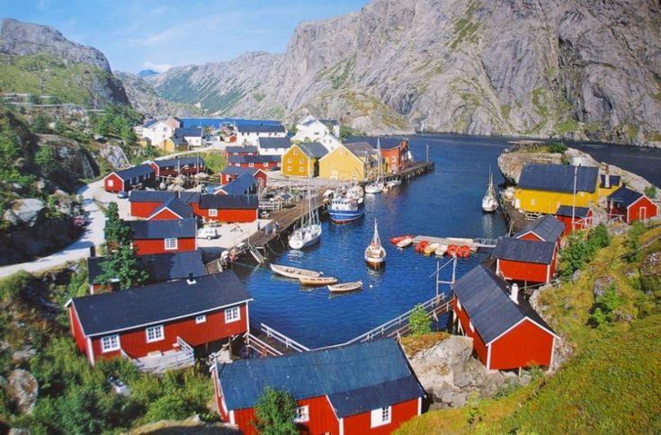 30потрясающих мест, где выневстретите туристов