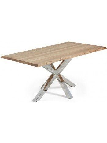 Favoloso tavolo con basamento in acciaio inox lucido incrociato e piano in rovere naturale o rovere invecchiato. Meraviglioso accostamento del freddo acciaio con il caldo legno. Di altissimo design, arreda con gusto il vostro ambiente.