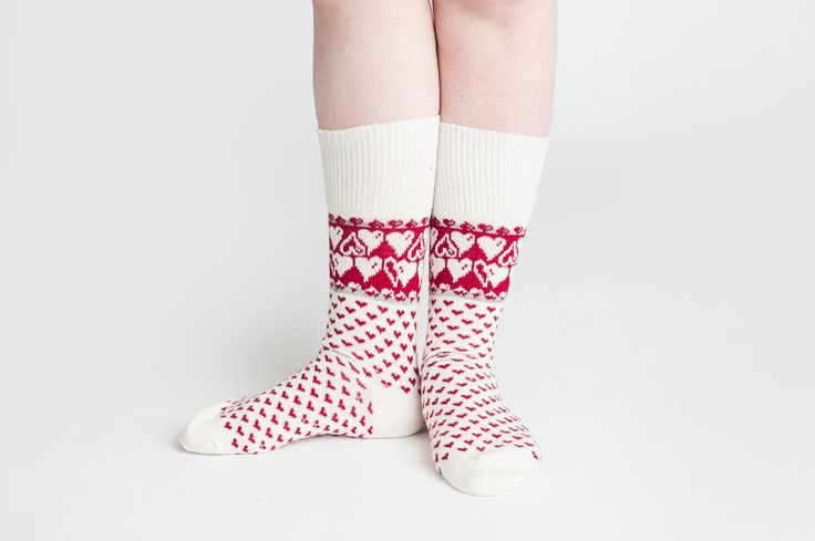 X'mas socks! Heart merino wool socks white by Jaana Huhtanen design #jaanahuhtanendesign #weecos #finnishdesign #sustainable #merinowool