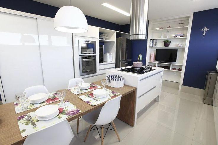 cozinhas modernas com coifa circular