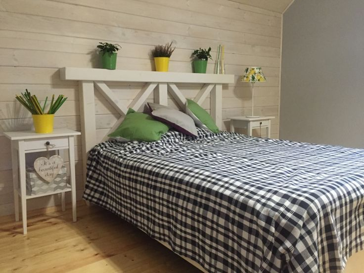 Картинки по запросу маленькая уютная комната на даче
