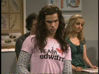 Talor Lautner on SNL - Team Jacob vs Team Edward - SAPO Vídeos