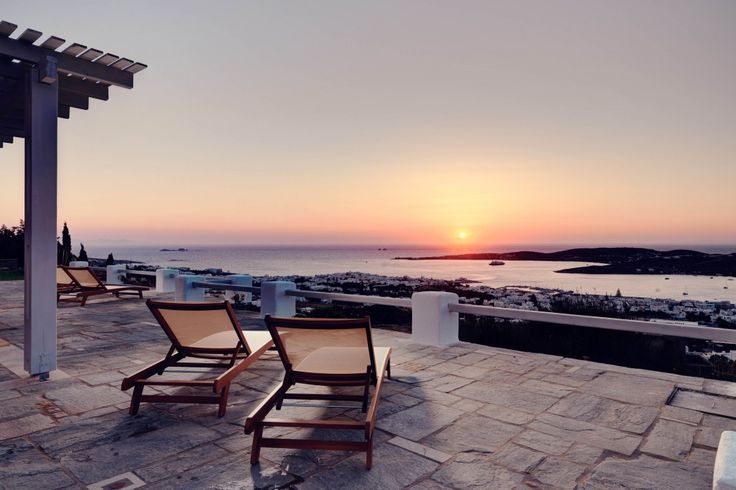 Holiday Villa in Paros, Greece - Stylish and fully-equipped villa over the bay in Paros