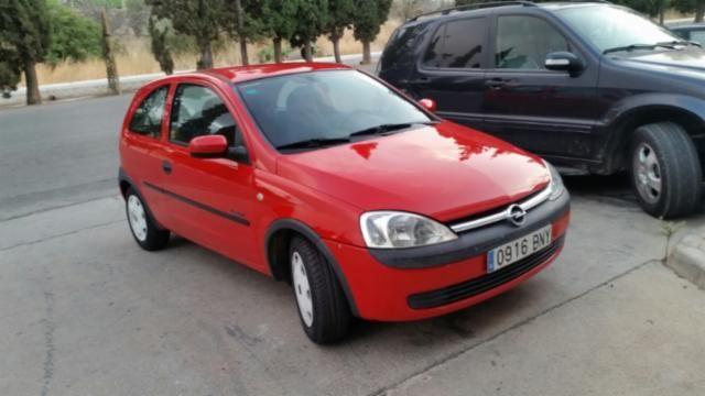 1800,00€ · Opel Corsa 16v Rojo · Opel corsa 12. 16 válvulas muy pocos km.  Muy poco consumo. Revision de aceite y filtros recién hecha. Mejor ver y probar. · Vehículos > Coches > Coches Opel