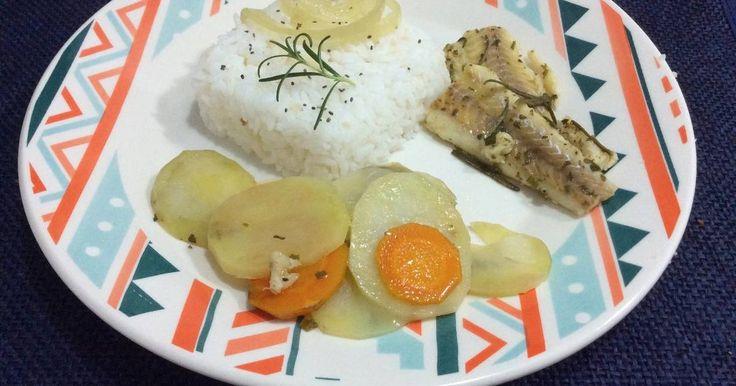 Deliciosa receita de File de Polaca Assado. Amo muito peixe, e por ser um prato fácil de ser feito é um clássico aqui de casa.