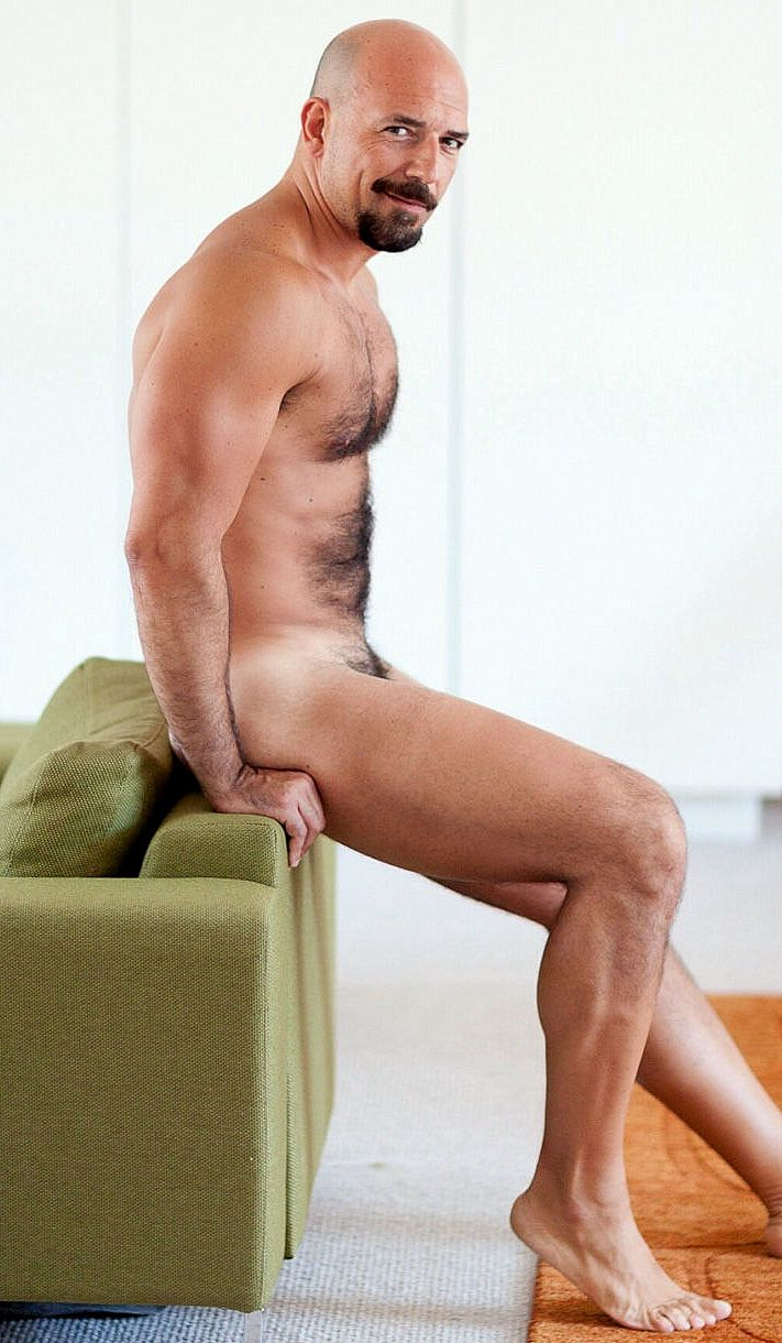 Images of naked mature men
