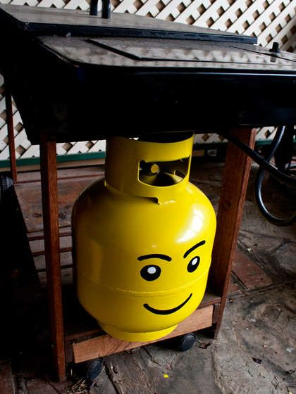 Lego head propane tank. Now if I can just keep the dogs away from it....Gas Bottle, Head Propane, Gas Tanks, Lego Head, Propane Tanks, Parties Stuff, Propane Bottle, Lego Gas, Diy