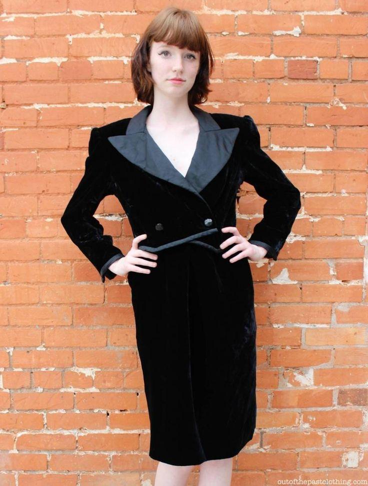 Vintage Valentino Boutique 1980s Black Velvet Dress