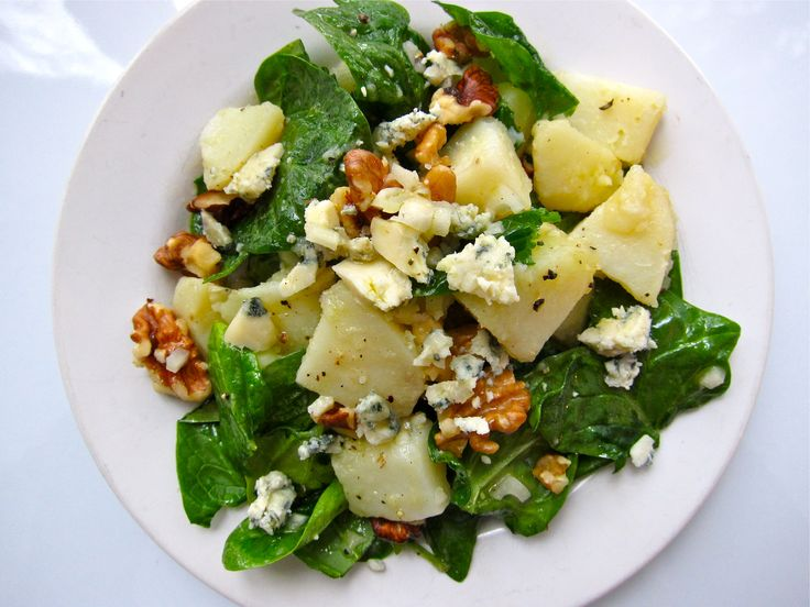 Warm Potato Salad with Baby Spinach, Blue Cheese and Walnuts by farmerstoyou #Salad #Potatato #Spinach