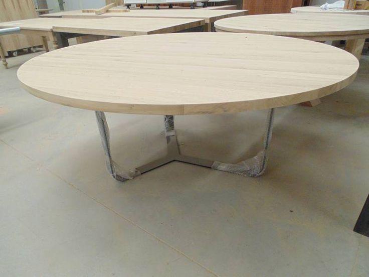 Ronde tafel eiken gepoedercoat staal rank onderstel