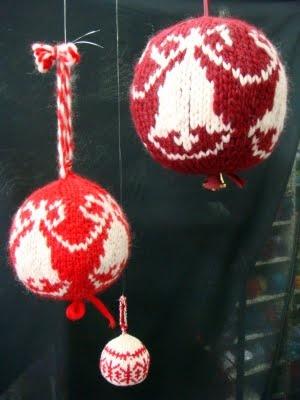 Knitting Christmas ornaments!