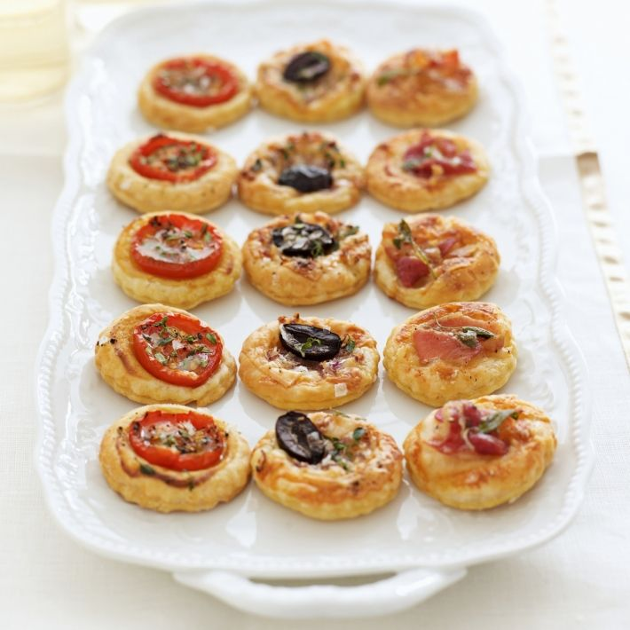 Happy mini tarts with three toppings