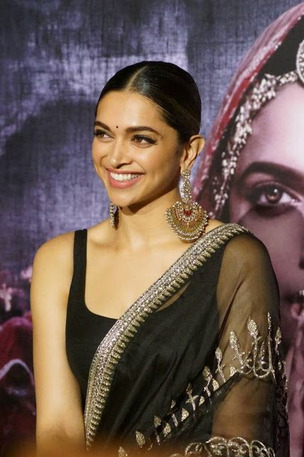 Deepika Padukone Padmavati Movie 3D Trailer Launch Hot Photos
