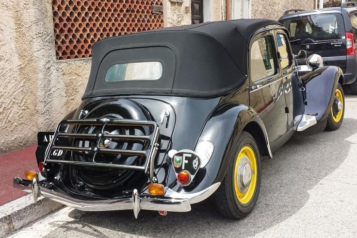 Citroën Traction 11B Découvrable | ⊼²| F +! 1,4´,493!,129!| https://www.pinterest.com/pin/479774166531850960/