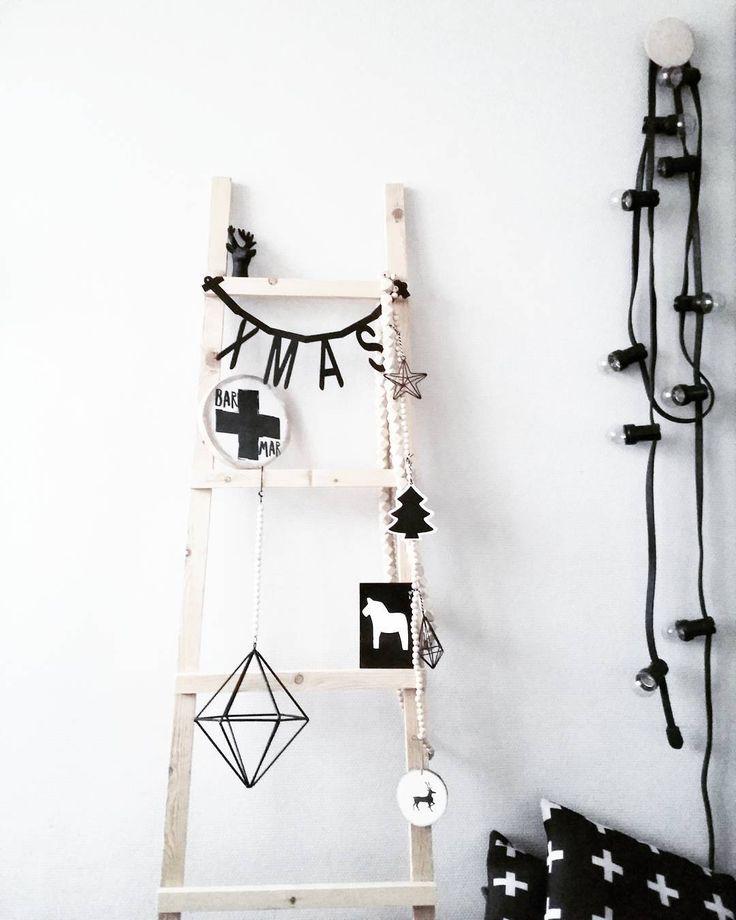 #kwantuminhuis Lichtsnoer HELDER > https://www.kwantum.nl/verlichting/hanglampen/verlichting-hanglampen-lichtsnoer-helder-10-lichts-1519006 @thuisop5