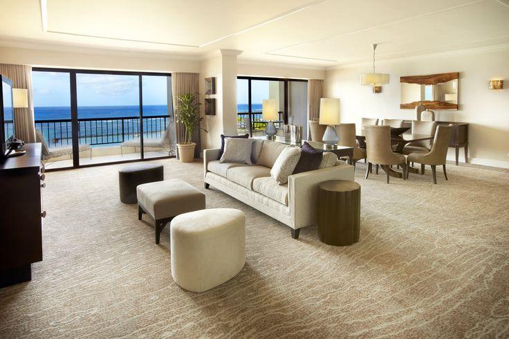 Hilton Hawaiian Village - living area
