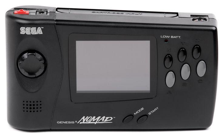 En 1995, alors que l'ère des 16-bits touche à sa fin, Sega sort la Nomad, console portable couleur capable de lire les cartouches de la Mega-Drive. Elle fut un échec commercial au regard de ses grandes soeur, notamment en raison d'un prix élevé, d'une faible autonomie et d'un gros encombrement. Disponible uniquement en amérique du nord, la console est aujourd'hui assez recherchée par les collectionneurs.