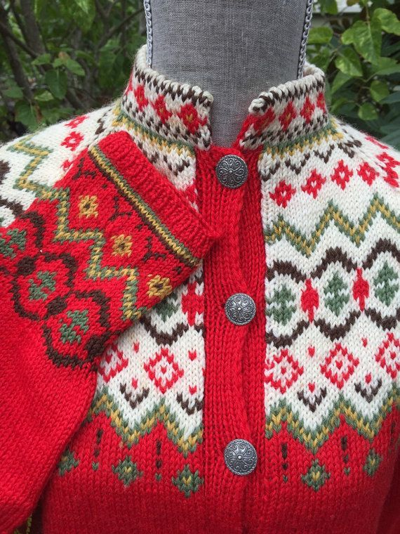 Norwegian sweater hand knitted in Norway. Size M by VikingRaids