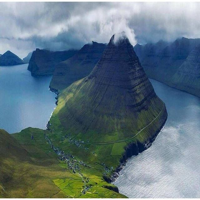 Las Islas Feroe O Islas Faroe Son Un Pequeño Archipiélago