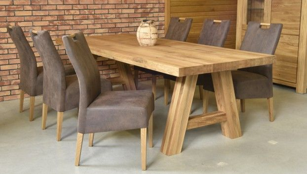 Classic oak table with oak chairs