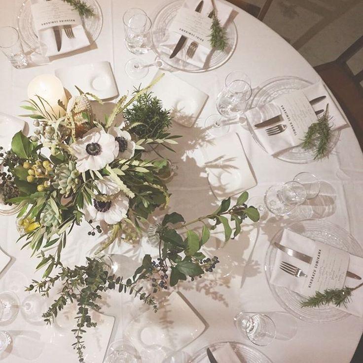 披露宴ゲストテーブルを「真上」から撮るショットが花嫁に評判   marry[マリー]