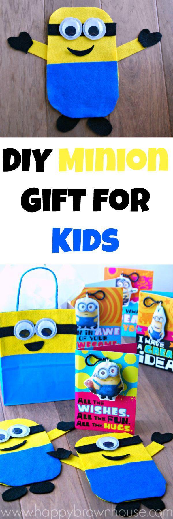Adorable DIY Minion Gift for Kids including a Build-a-Minion Busy Bag Game, DIY Minion Gift Bag, and adorable Minion Clip Cards from Hallmark #sendsmiles #CollectiveBias