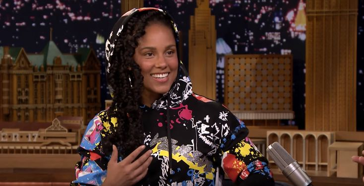 Alicia Keys appeared on Jimmy Fallon's late-night show where she discussed the musical talents of her family. During the segment, the Grammy-winning singer showed...