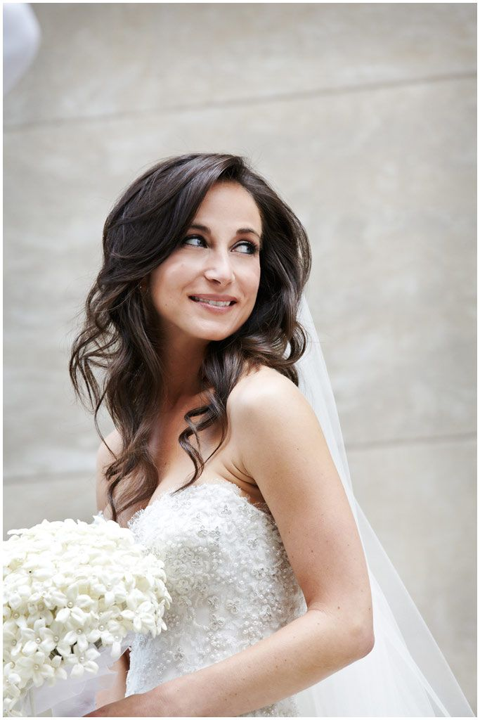 down styles for wedding hair 25 best ideas about wavy bridal hair on wavy 9363 | 038a4d65aed2ffc2cb67989182d2ffe3