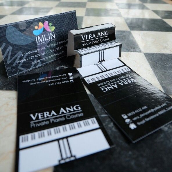 Design & Production by IMLIN adv. Change your business card into Piano