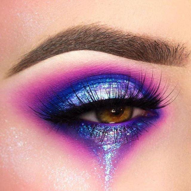 Glitter Eyetear Galaxy Eyeshadow Eyemakeup Galaxy Makeup Artistry Makeup Dramatic Makeup