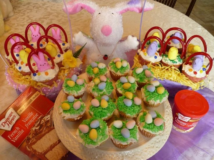 Duncan Hines Easter Basket and Egg Nest Cupcakes