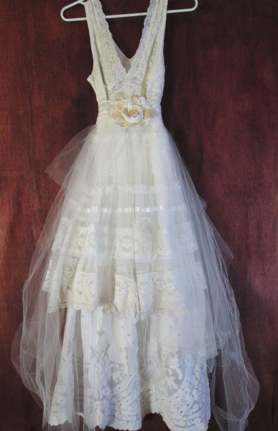 White Wedding Dress Lace Vintage Tulle Ivory Bride Outdoor Small By Once On