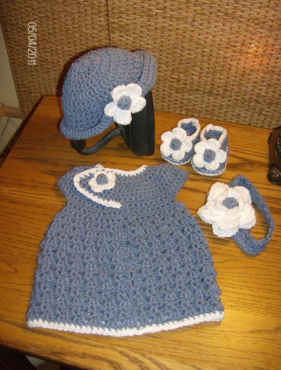 Crocheted Infant Newborn baby girl set!! Love!! Yes???