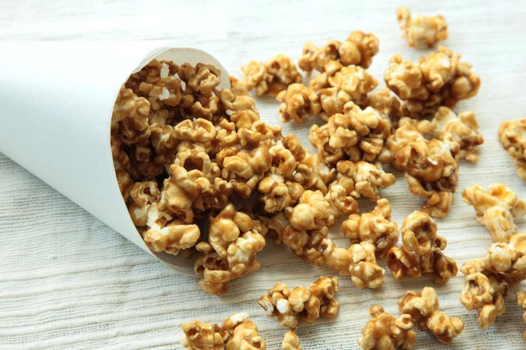 This crunchy, buttery caramel corn makes a great party snack or gift.