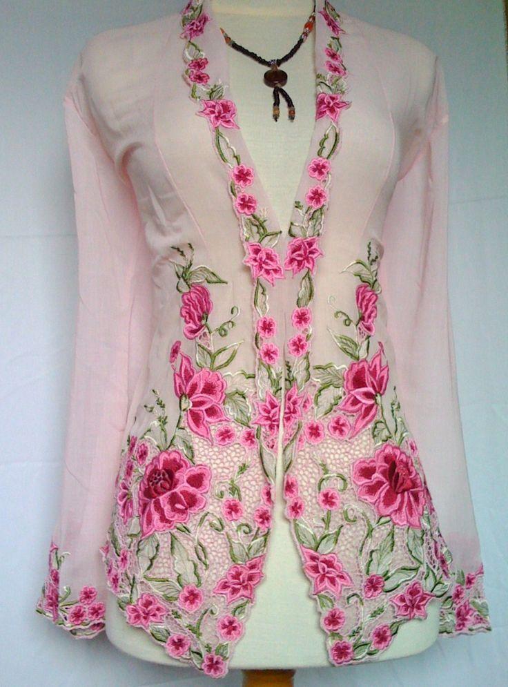 Baju Kebaya Nyonya KKP890 | Kebaya Nyonya