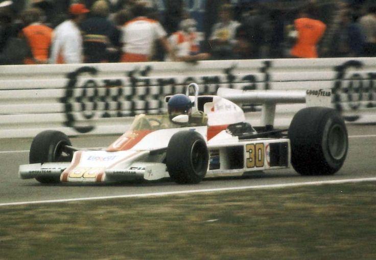 Brett Lunger (Chesterfield Racing) McLaren M23 - Ford