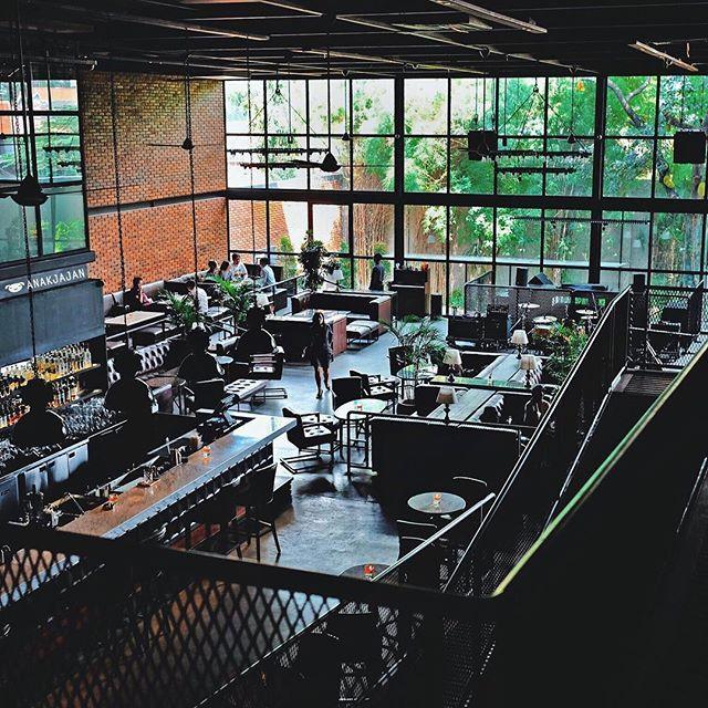 [NEWPOST] Leon Jakarta, new spot in South Jakarta with interesting combination of vintage and modern vibes🆕  Full story on ANAKJAJAN.COM✅  #AnakJajan #leon #leonjakarta