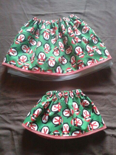 Girls christmas skirts sizes 62 & 92